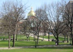 mass state house and boston common